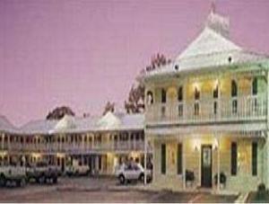 Key West Inn Tuscumbia