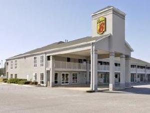 Super 8 Donalsonville Hotel