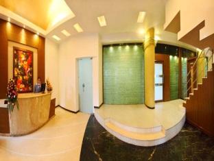 Hotel Yogi Metropolitan