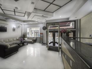 Treebo Rockwell Plaza New Delhi and NCR - Reception and Lobby