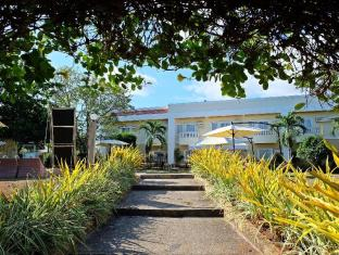 Alona Kew White Beach Resort Panglao Island - Exterior