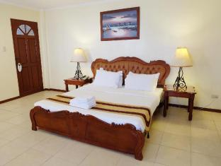 Alona Kew White Beach Resort Panglao Island - Executive Suite Beach Front