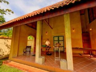 Jetwing Ayurveda Pavilions Negombo - King Pavilion  Spa Treatments