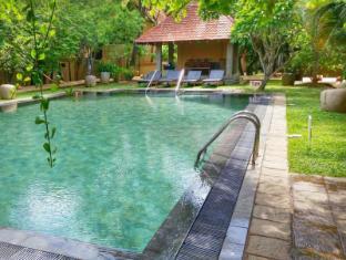 Jetwing Ayurveda Pavilions Negombo - Swimming Pool