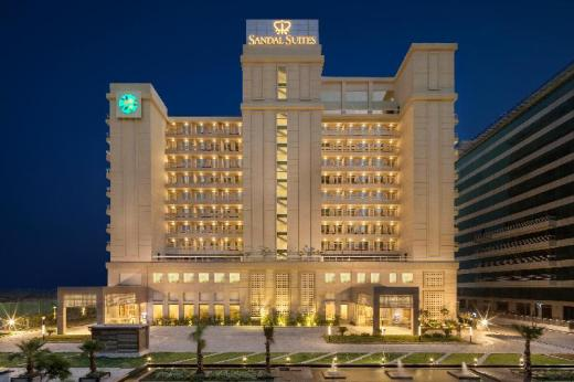 Sandal Suites Op. By Lemon Tree Hotels