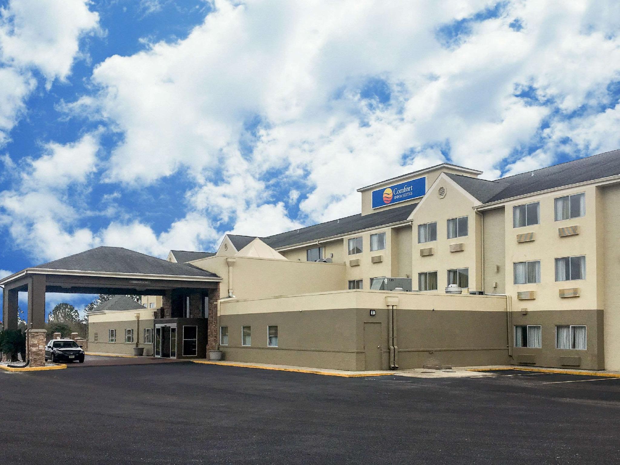 Comfort Inn And Suites Crystal Inn Sportsplex