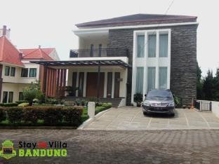 Villa Sikas 1 Bandung