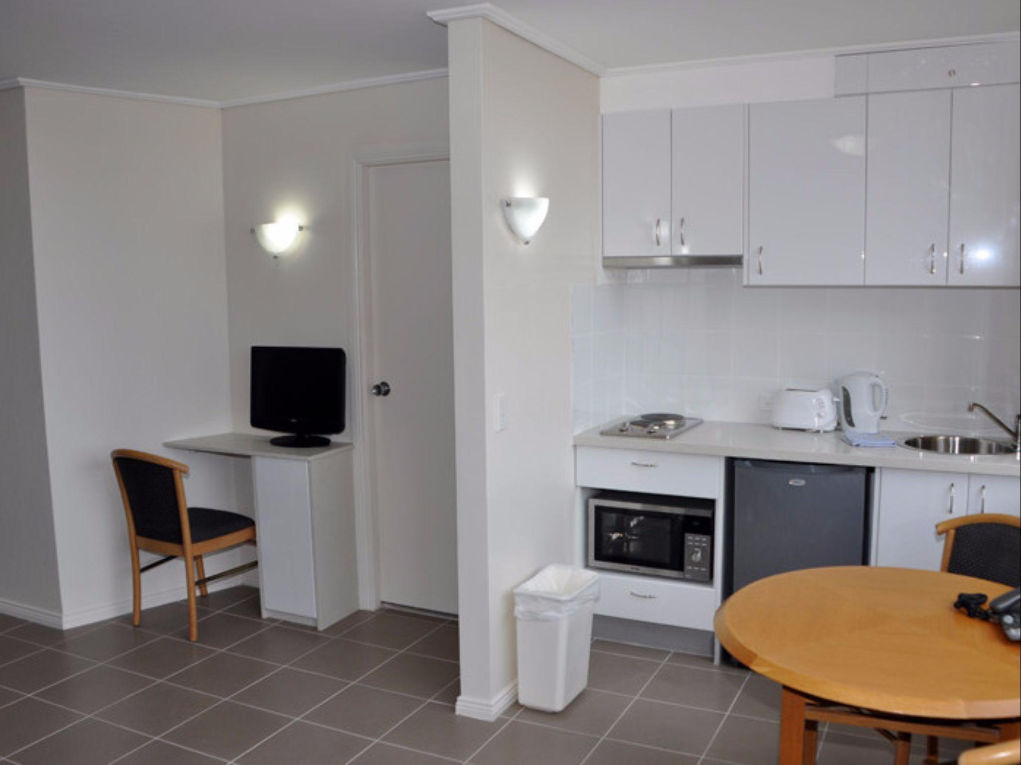 Sydney Centre College St   Studio Apartment