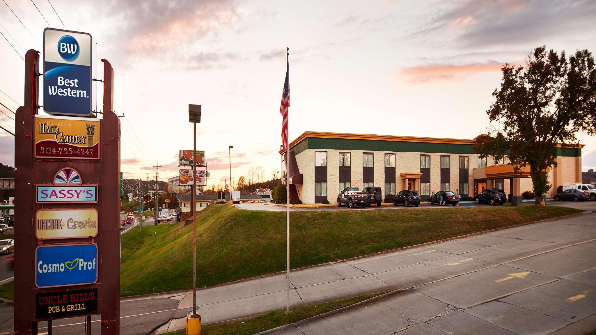 Best Western Huntington Mall Inn