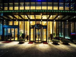 Paramount Gallery Hotel Shanghai - Entrance