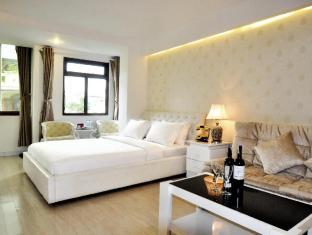 /ru-ru/the-white-hotel-1/hotel/ho-chi-minh-city-vn.html?asq=m%2fbyhfkMbKpCH%2fFCE136qXFYUl1%2bFvWvoI2LmGaTzZGrAY6gHyc9kac01OmglLZ7