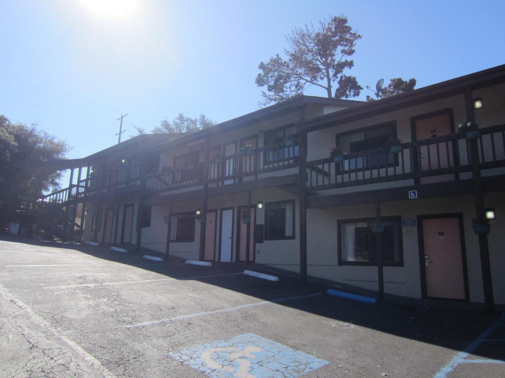 Monterey Fairgrounds Inn