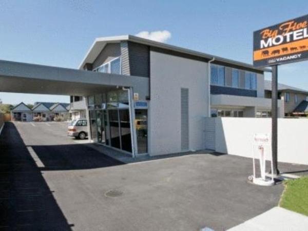 Big Five Motel Palmerston North