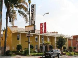 Coral Sands Motel