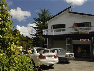 Glacier Gateway Motel Franz Josef Glacier - On Site Parking