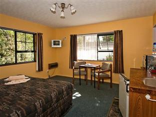 Glacier Gateway Motel Franz Josef Glacier - Studio Double Room