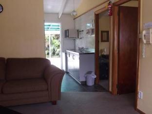 Glacier Gateway Motel Franz Josef Glacier - Suite Room