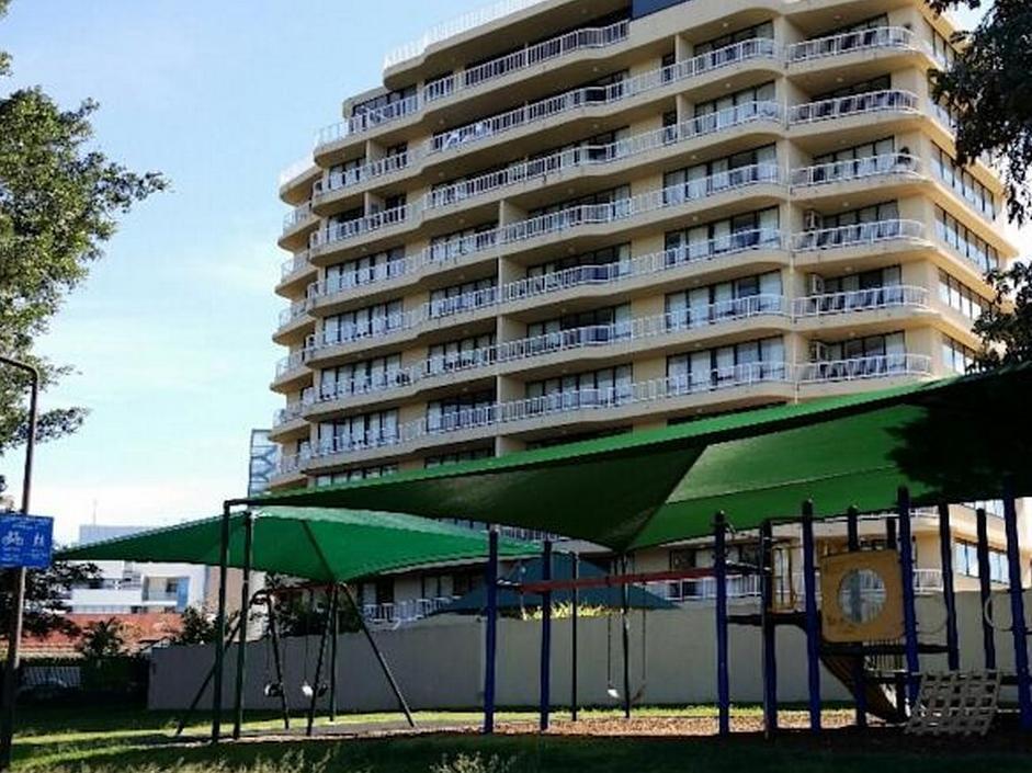 Kirribilli Riverfront Apartments