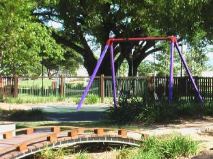 Itara Apartments Townsville - Playground