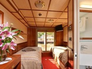Florentina Boat Hotel Praag - Gastenkamer