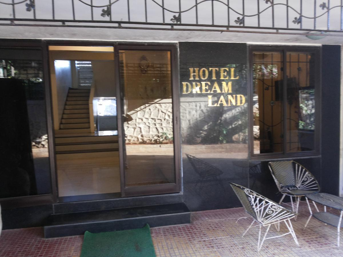 Dreamland Hotel