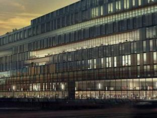 /nl-nl/first-hotel-kungsbron/hotel/stockholm-se.html?asq=m%2fbyhfkMbKpCH%2fFCE136qbXdoQZJHJampJTaU6Q8ou26UvQZ%2fA2qPz1Oo7VfUm70