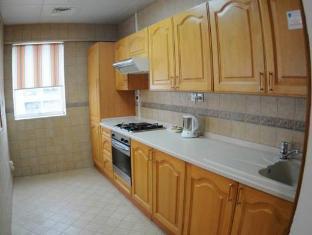 Royal Rotary Hotel Apartments Abu Dhabi - Kitchen