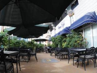 Royal Rotary Hotel Apartments Abu Dhabi - Pub/Lounge