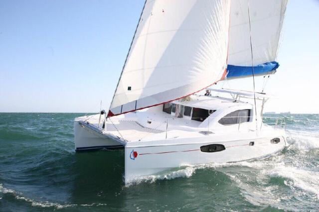 เลพเพิร์ด คาตามารัน – Leopard Catamaran