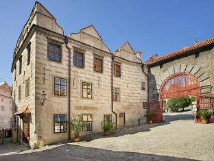 /de-de/pension-zamecka-apartma-castle-apartments/hotel/cesky-krumlov-cz.html?asq=vrkGgIUsL%2bbahMd1T3QaFc8vtOD6pz9C2Mlrix6aGww%3d