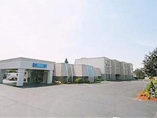 /niagara-lodge-suites/hotel/niagara-falls-on-ca.html?asq=jGXBHFvRg5Z51Emf%2fbXG4w%3d%3d