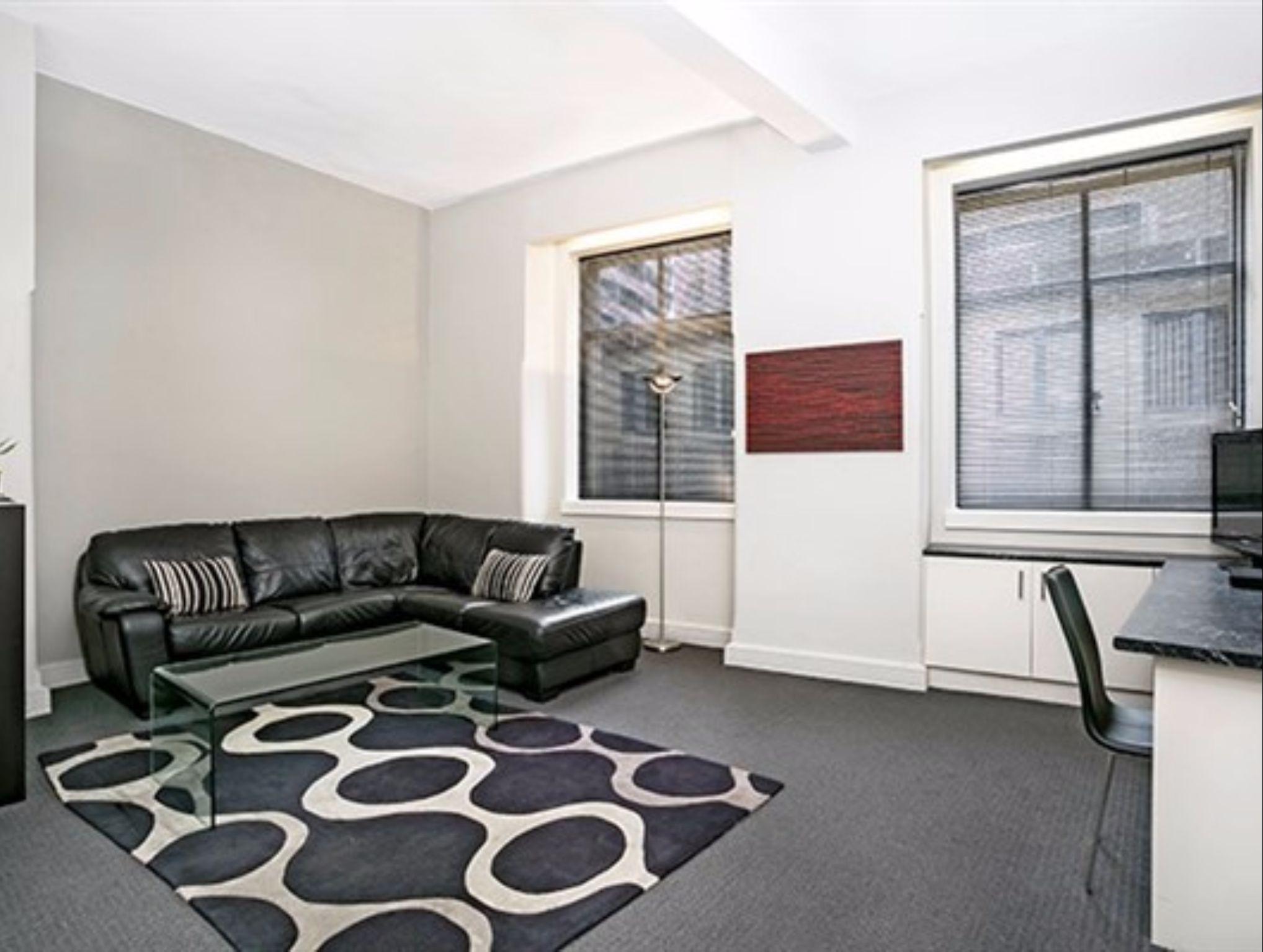 Bridge Street Apartment   CLD01