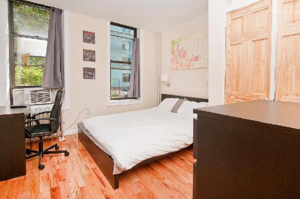 Newly Renovated Authentic 2BR - NYC New York