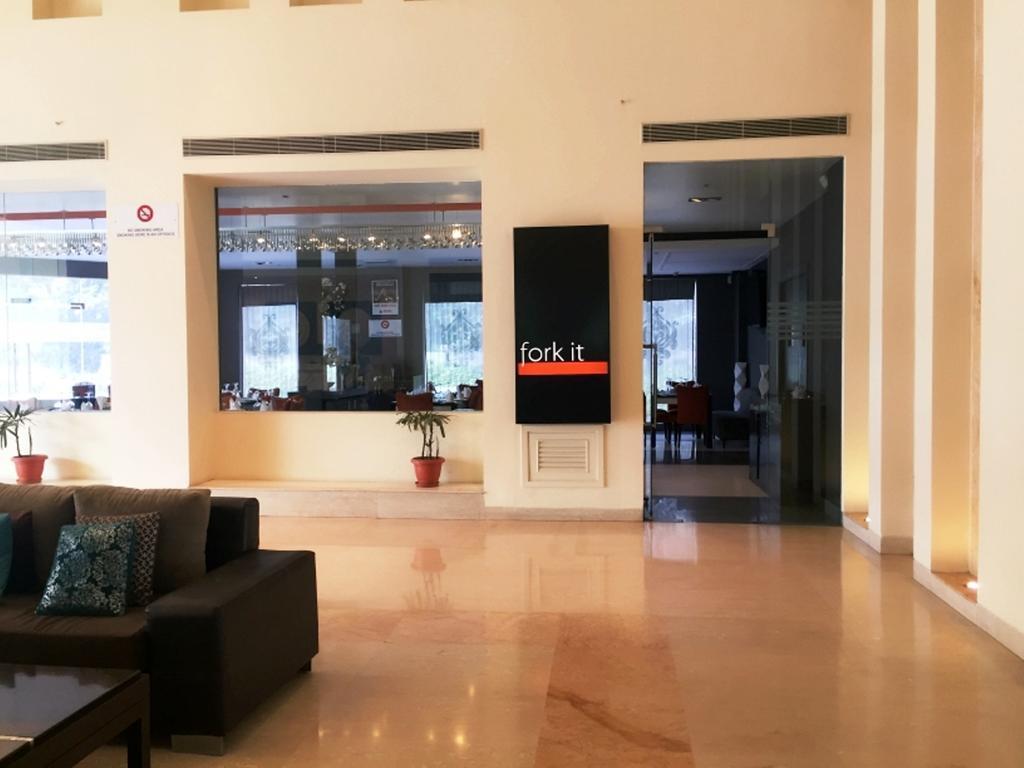 Hotel Vista Delhi 5