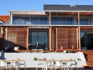 Clouds Wine and Guest Estate Stellenbosch - Clouds Wine Exterior