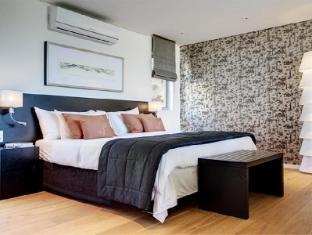Clouds Wine and Guest Estate Stellenbosch - Deluxe Room Bedroom
