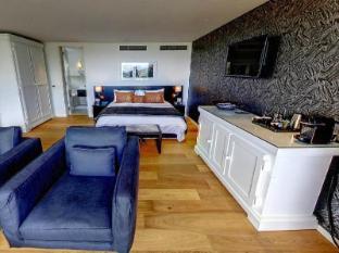 Clouds Wine and Guest Estate Stellenbosch - Deluxe Room Interior