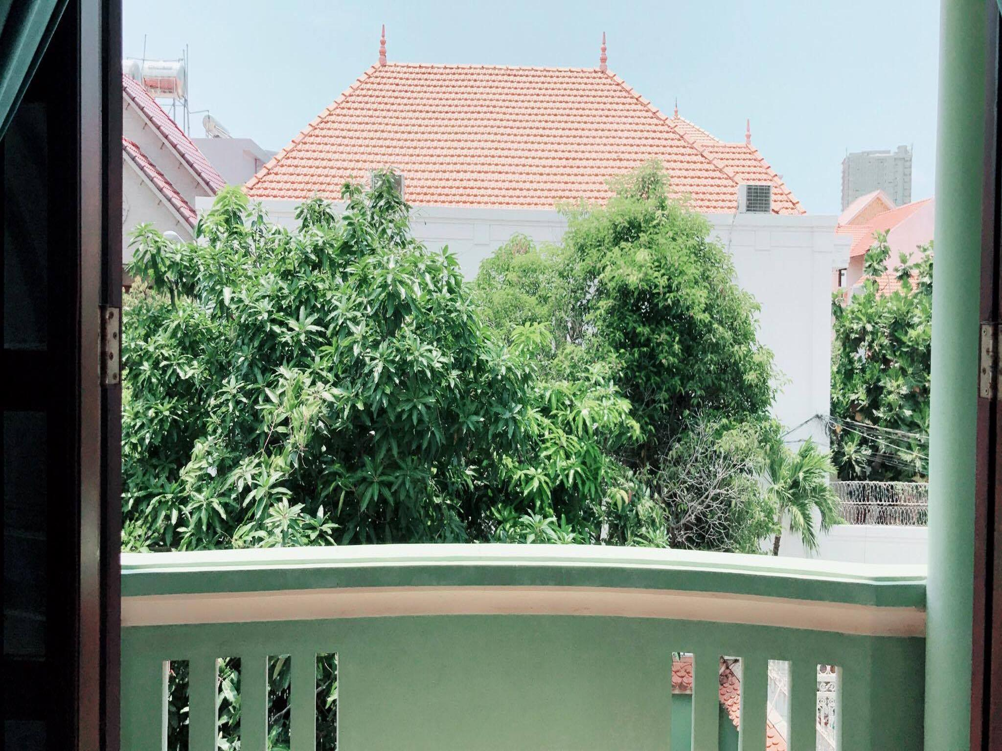 5 Bedrooms Villa  Moutain View