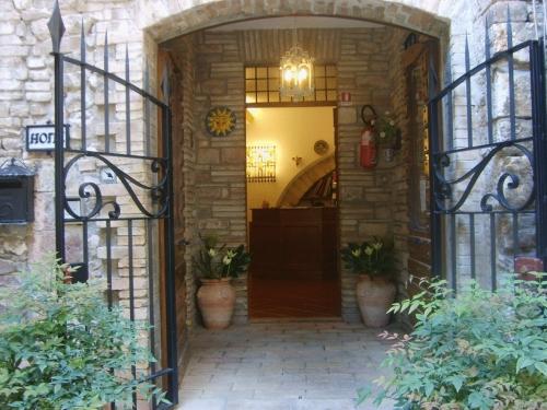 Hotel Lieto Soggiorno, Hotels in Assisi Italy