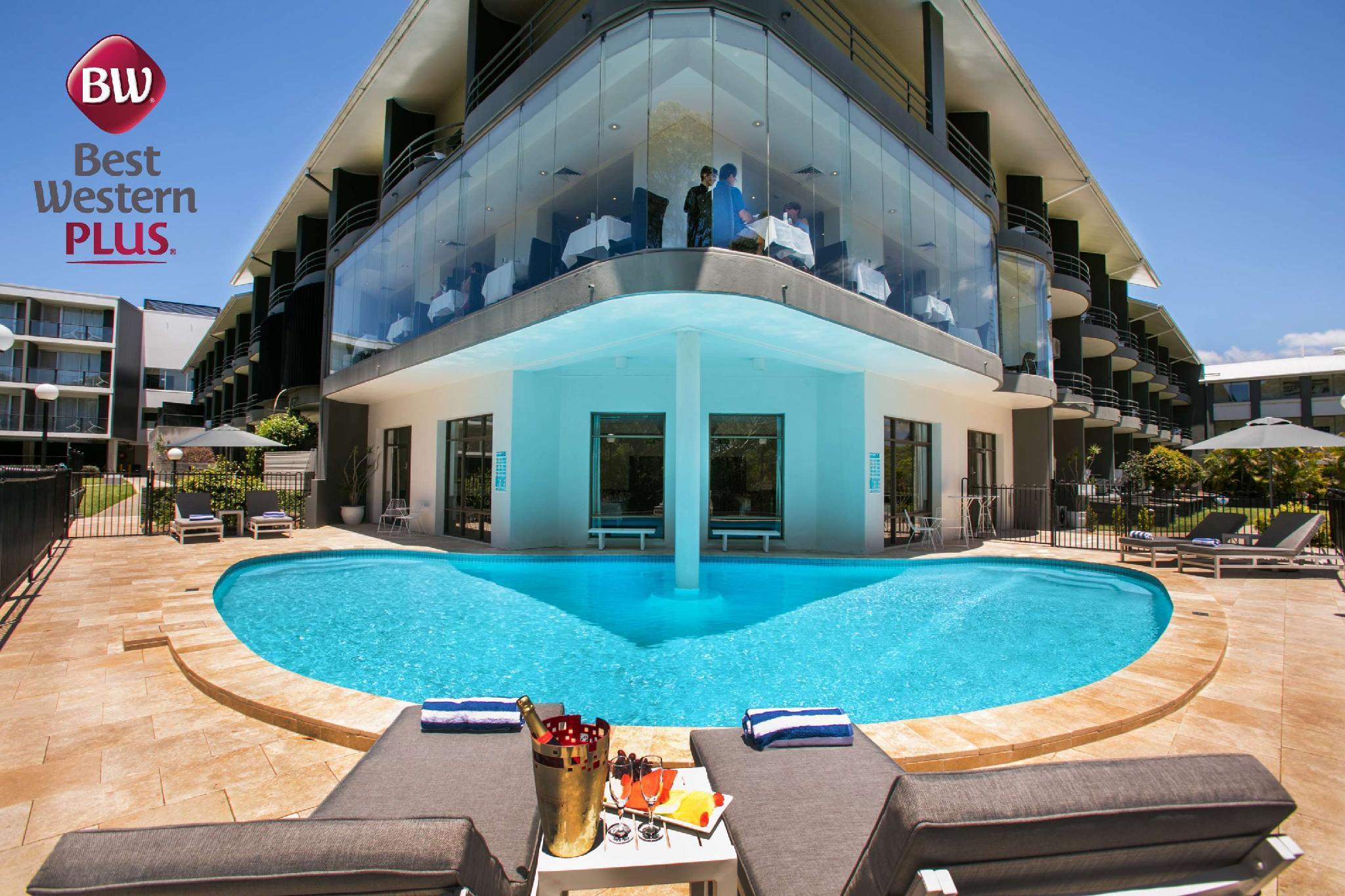 Best Western Plus Apollo International Hotel