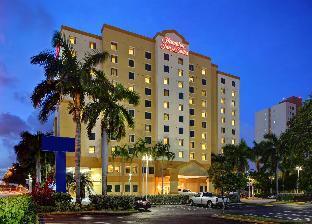 希爾頓歡朋套房酒店 - 邁阿密機場南