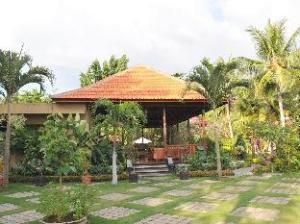 Over Banyualit Spa 'n Resort Lovina (Banyualit Spa 'n Resort Lovina)