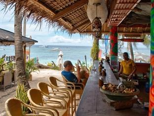 Oasis Beach & Dive Resort Panglao Island - Beach bar