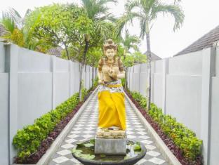 Kunti Villas Bali - Kunti Villas entrance