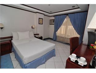 Soledad Suites Bandar Tagbilaran - Bilik Tetamu