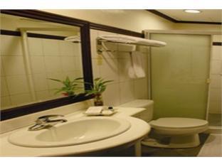 Soledad Suites Tagbilaran City - Баня