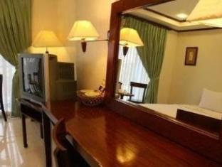 Soledad Suites Bandar Tagbilaran - Bahagian Dalaman Hotel