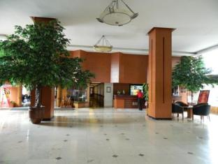 Orange Hotel Solo Monginsidi Solo (surakarta) - Lobi