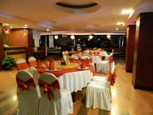 Orange Hotel Solo Monginsidi Solo (surakarta) - Restoran