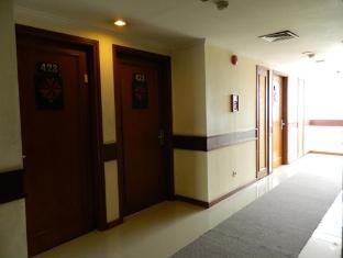 Orange Hotel Solo Monginsidi Solo (surakarta) - Interior Hotel